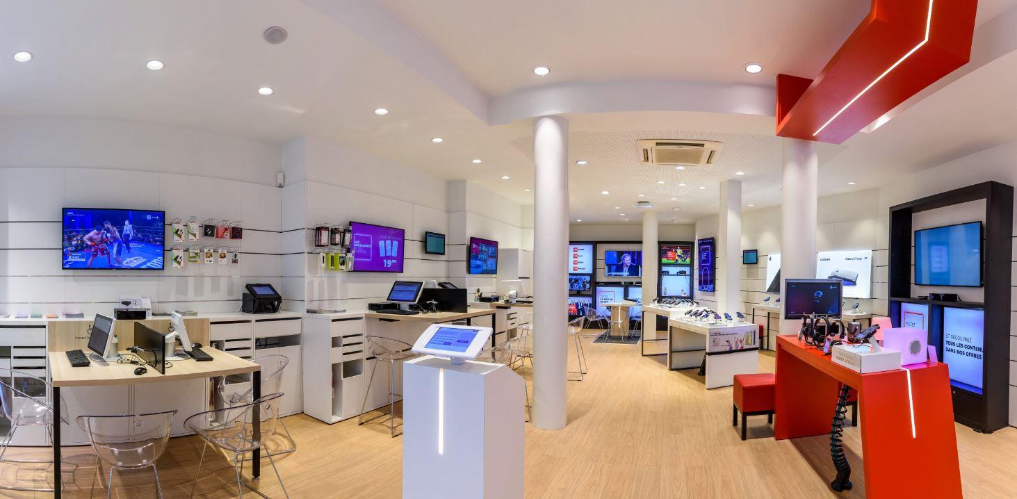dragon rouge teste un nouveau concept retail pour sfr. Black Bedroom Furniture Sets. Home Design Ideas